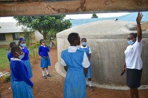 The Water Project: Ivakale Primary School & Community - Rain Tank 1 -  Gutter Management Training