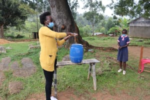 The Water Project: Kapkoi Primary School -  Trainer Olivia Demonstrates Ten Steps Of Handwashing