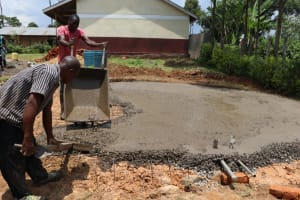 The Water Project: Friends Kisasi Secondary School -  Pouring Concrete Foundation