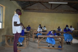 The Water Project: Ivakale Primary School & Community - Rain Tank 1 -  Trainer Erick Wagaka Leads A Session