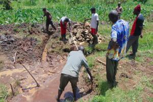 The Water Project: Mahira Community, Anunda Spring -  Spring Measurements