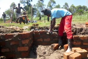 The Water Project: Makale Community, Luyingo Spring -  Pipe Setting