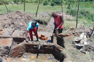 The Water Project: Makale Community, Luyingo Spring -  Wall Construction