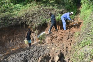 The Water Project: Silungai B Community, Tali Saya Spring -  Site Clearance Begins