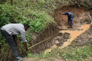 The Water Project: Silungai B Community, Tali Saya Spring -  Foundation Measurements