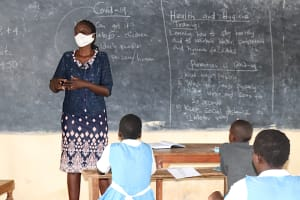 The Water Project: Jamulongoji Primary School -  Facilitator Leading Session