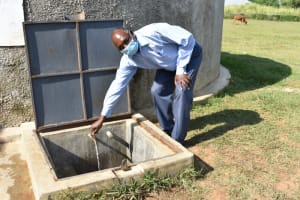 The Water Project: ACK St. Peter's Khabakaya Secondary School -  Deputy Principal At The Rain Tank