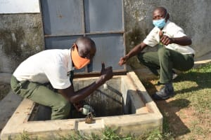 The Water Project: ACK St. Peter's Khabakaya Secondary School -  Thumbs Up For Clean Water