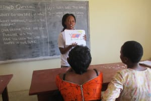 The Water Project: Lungi, International High School For Science & Technology -  Hygiene Facilitator Teaches Importance Of Clotheslines