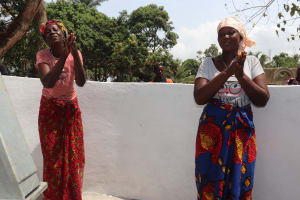 The Water Project: Lungi, Kamen, #22 Mission Road -  Community Members Celebrating