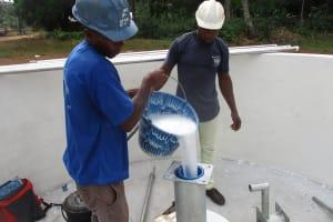 The Water Project: Lokomasama, Gbonkogbonko Village -  Chlorination