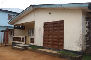 The Water Project: Lungi, Tintafor, Sierra Leone Church Primary School -  Household In Community