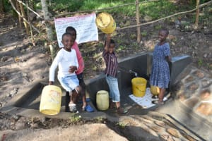 The Water Project: Shianda Township Community, Olingo Spring -  Kids At The Spring