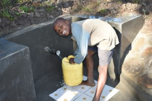 The Water Project: Shianda Township Community, Olingo Spring -  Excited To Fetch Water From The Spring