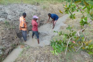 The Water Project: Machemo Community, Boaz Mukulo Spring -  Excavation Of The Spring Site