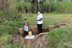 The Water Project: Burachu B Community, Namukhuvichi Spring -  Field Officer Jemimah With Mirriam
