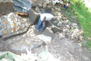 The Water Project: Shianda Township Community, Olingo Spring -  Plasterwork Underway