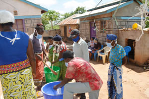 The Water Project: King'ethesyoni Community -  Soap Making