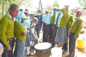 The Water Project: Mutwaathi Secondary School -  Soapmaking