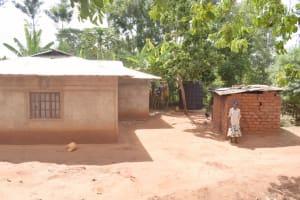 The Water Project: Ivumbu Community C -  Compound
