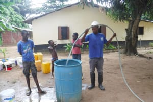 The Water Project: Lungi, Suctarr, #1 Kabbia Lane -  Yield Test