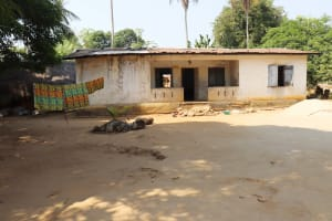 The Water Project: Lungi, Yongoroo, 32 Gbainty Bunlor -  Household