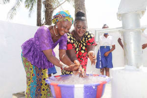 The Water Project: Lungi, Tintafor, St. Augustine Senior Secondary School -  Teachers Celebrating And Splashing Water