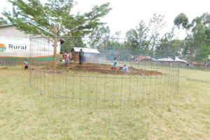 The Water Project: St. Peter's Ebunga'le Primary School -  Preparing Wire Wall Form