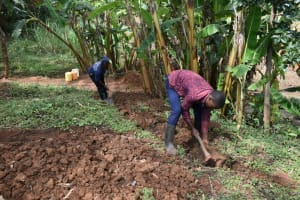 The Water Project: Mukhonje B Community, Peter Yakhama Spring -  Digging The Cut Off Trench