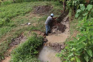 The Water Project: Shianda Community, Panyako Spring -  Site Excavation