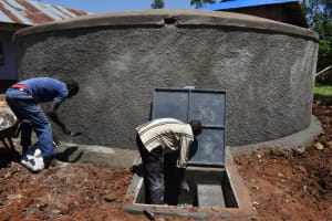 The Water Project: Friends Musiri Secondary School -  Plastering The Tank Drawing Point