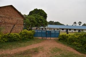 The Water Project: Friends Mudindi Village Primary School -  School Gate