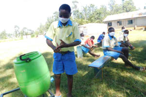 The Water Project: St. Peter's Ebunga'le Primary School -  Bravin Demonstrating Handwashing