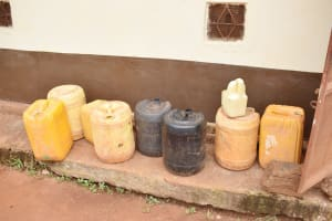 The Water Project: Nzoila Secondary School -  Functional Storage Tanks