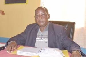 The Water Project: Utuneni Secondary School -  Isaac Komoni