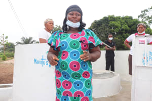 The Water Project: Lungi, New London, Saint Dominic's Catholic Church -  Councilor Mabinty Tholley Makes A Speech