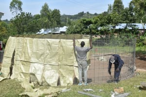 The Water Project: Friends Mixed Secondary School Lwombei -  Placing Sacks On Reinforced Wire