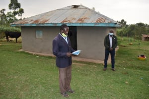 The Water Project: Mukhuyu Community, Gideon Kakai Chelagat Spring -  Elected Committee Chair Addresses Training Group