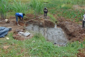 The Water Project: Shihome Community, Oloo Njinuli Spring -  Taking Fencing Measurements