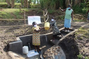 The Water Project: Mabanga Community, Ashuma Spring -  Together We Have Conquered