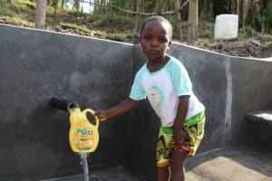 The Water Project: Mabanga Community, Ashuma Spring -  All Ages Can Safely Access The Spring
