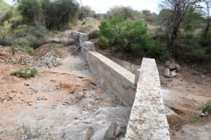 The Water Project: Thona Community -  Completed Dam