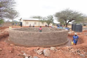 The Water Project: Mang'uu Primary School -  Tank Walls Begin To Take Shape