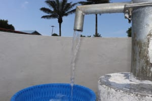 The Water Project: Lungi, Suctarr, #47 Kamara Street -  Clean Water Flowing