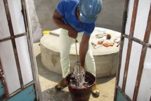 The Water Project: Lungi, Tintafor, Police Barracks E-Line Block 7 -  Pump Installation