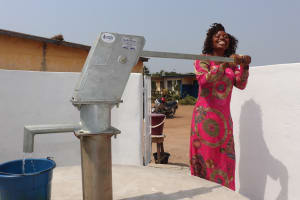The Water Project: Lungi, Tintafor, Police Barracks E-Line Block 7 -  Pumping The Well