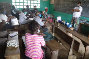 The Water Project: Lungi, Tintafor, Sierra Leone Church Primary School -  Handwashing Discussion