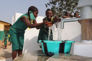 The Water Project: Lungi, Tintafor, Sierra Leone Church Primary School -  Students Splash The Water