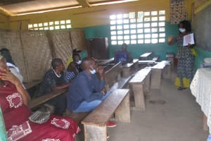 The Water Project: Lungi, Tintafor, Sierra Leone Church Primary School -  Teacher Leads Training Of The Trainers Session
