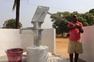 The Water Project: Lungi, Masoila, Off Swarray Deen Street (BAH) -  Pumping The Well
